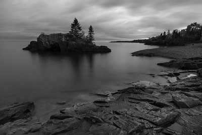 Stillness at Hollow Rock