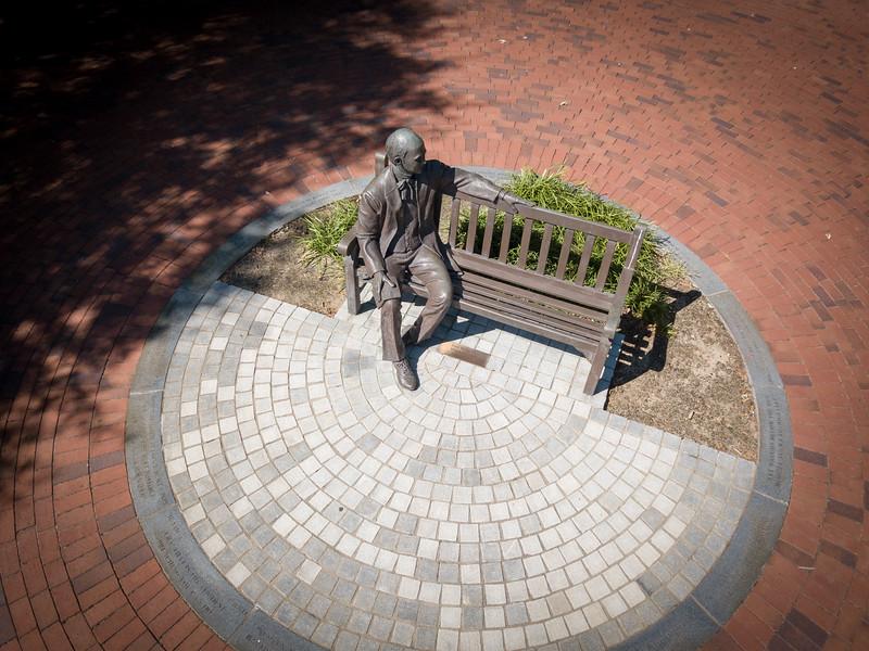 Jesse Mercer statue