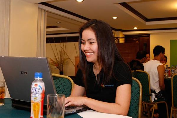 2008 Phooh 0011