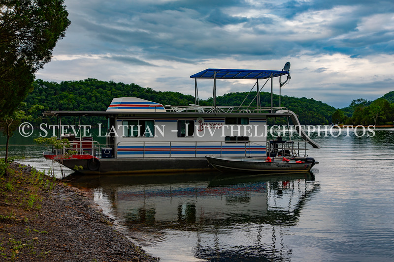 Houseboat15.jpg