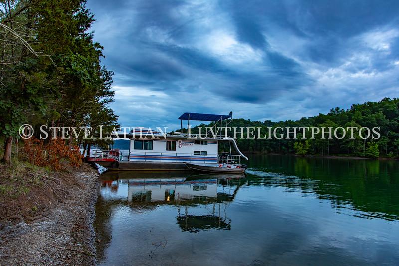 Houseboat26.jpg