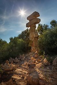 Mallorca, Islas Baleares, Spain: Equilibrio Sud sculpture at Cala Santanyi
