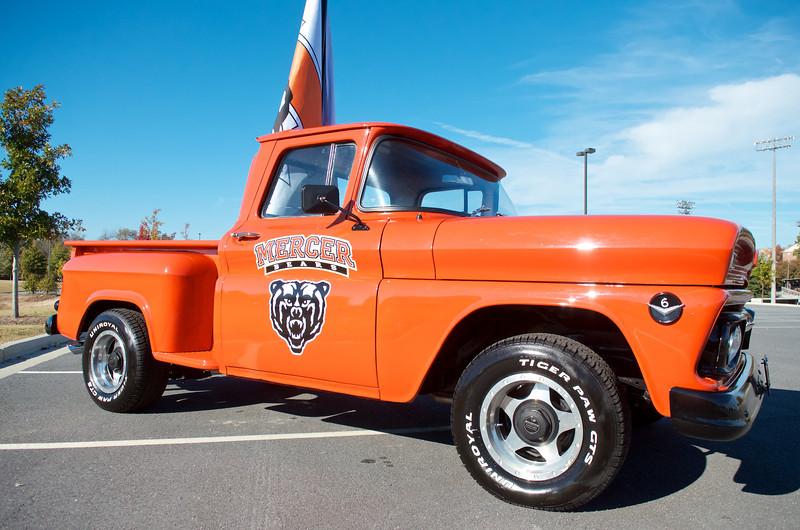 AV Elliott Truck