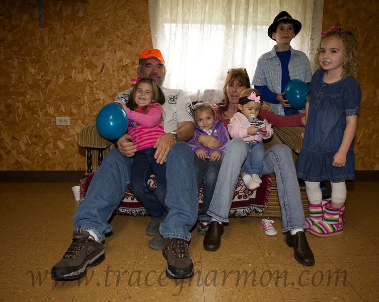 Monty and Kook Tollett with their grand-daughters Aavri and Aandi, Miss Gentry Bond, Briley Lundry, and Devon Harmon.