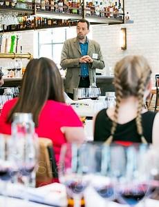20180508 Navarra Wine Lover Chicago-92