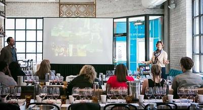 20180508 Navarra Wine Lover Chicago-20-2