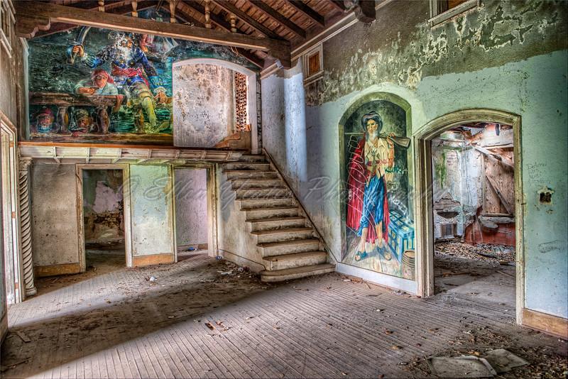 Inside of Abandoned Stewart Mansion