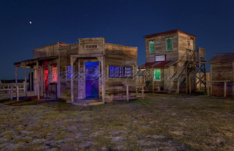 Tri-Color Ghost Town (NON-HDR)