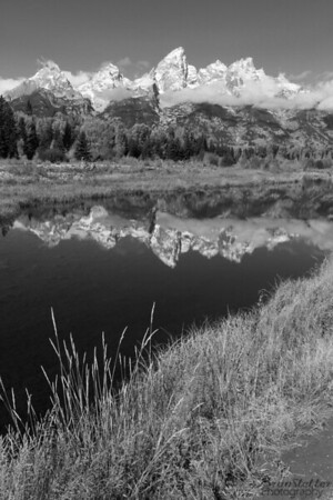 Schwabacher in Black & White