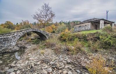 Agios Minas stone arch bridge, Zagoroxoria