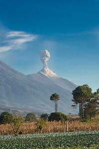 Volcan de Fuego erupting