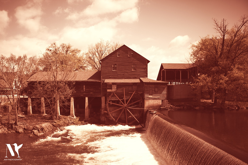 Grist Mill Gatlinburg Tennessee
