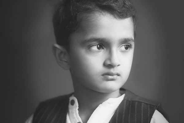 What A Serious Look... Rohan :)
