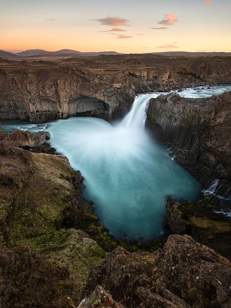 Aldeyjarfoss waterfall iceland vandfald island sunrise sunset golden hour solopgang mads peter iversen aarhus fotokunst art fineart.jpg