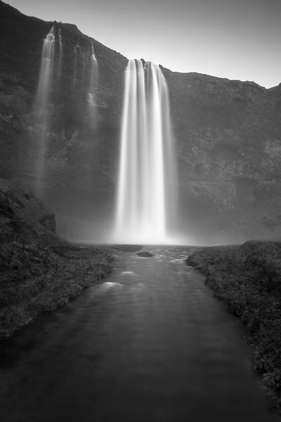 seljalandsfoss iceland waterfall moody.jpg