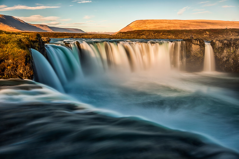 Godafoss sunrise.jpg