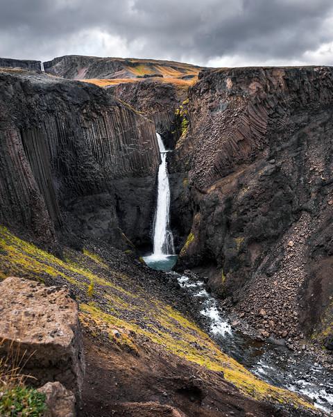 Primordial Waterfall