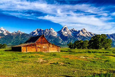 Morman barn in the shawdow of Grand teton