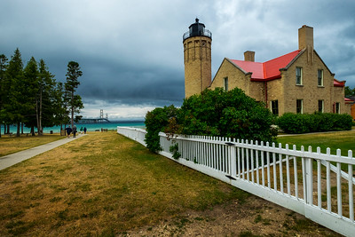 old mackinac light point