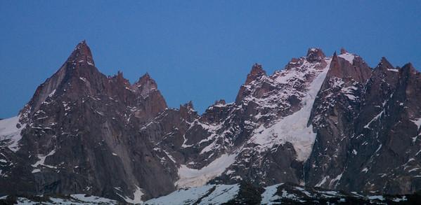 Aiguille Peaks