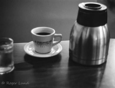 #leica #leicaIIIc #summitar #ltm 50mm f2 #fuji200 #film #filmphotography #classiclens #sunny16podcast