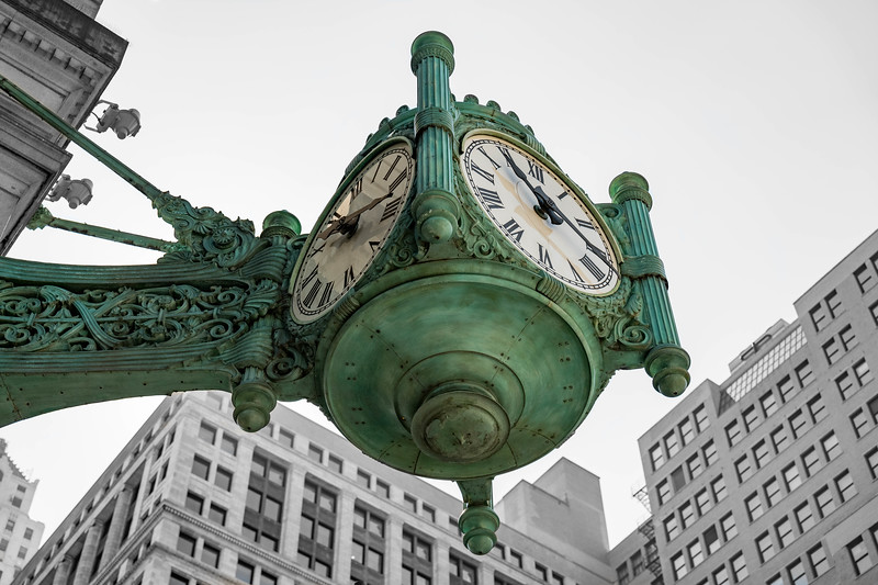 The iconic Marshall Fields clock