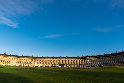 The royal crescent under a blue sky