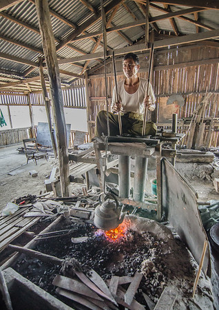 Blacksmith workshop, Inle lake