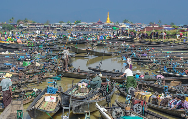 Floating market, Inle lake