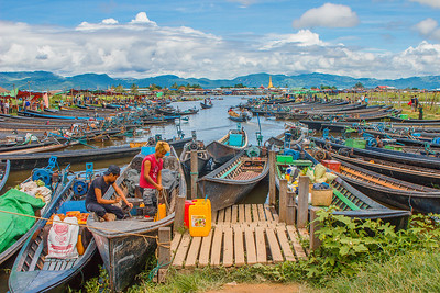 Inle lake harbour