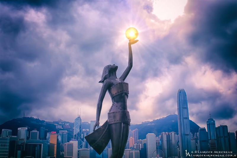 +.The Golden Sphere.+