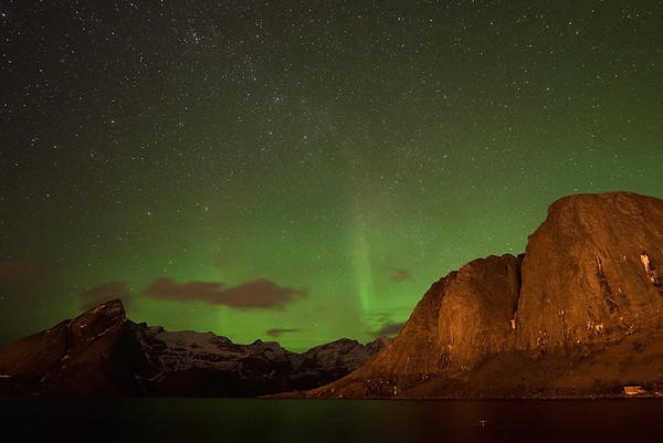 Hamnoy Aurora  & Air Glow1
