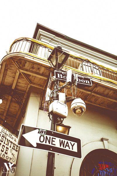 ONE WAY BOURBON ST.