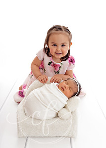 Sibling and baby Newborn Photoshoot
