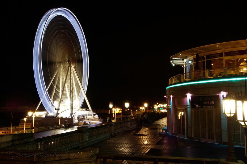 Brighton wheel at night in motion