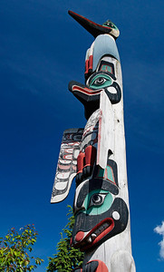 Ketchikan, Alaska The Chief Kyan Totem is a Tlinglit family lineage totem pole, with a crane at the top, a thunderbird in the middle, and a bear at the bottom.