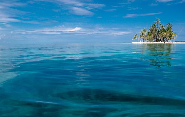 Isla de Perro in San Blas archipelago