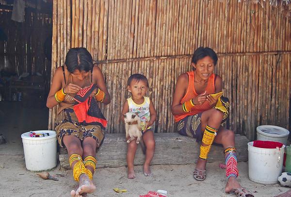 Kuna women, San Blas