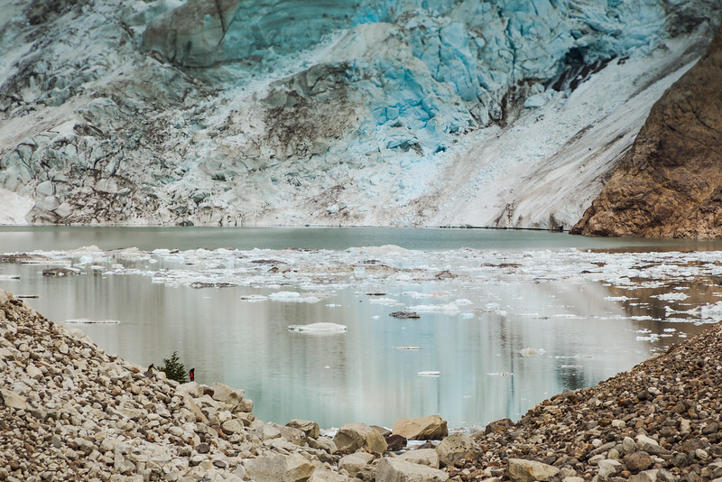 Fitz Roy glacier lake