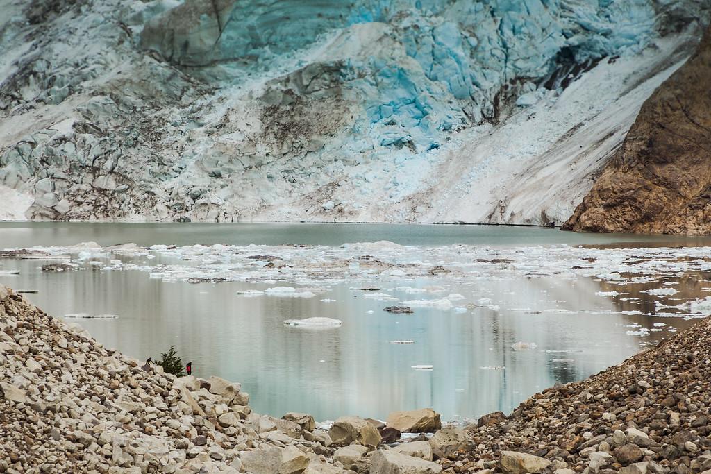 Fitz Roy glacier lake