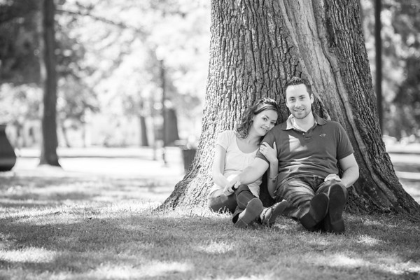 Family portrait by Jarboe Doggart Photography taken Elm Park in Worcester, MA.