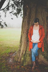 Portrait of a pregnant woman