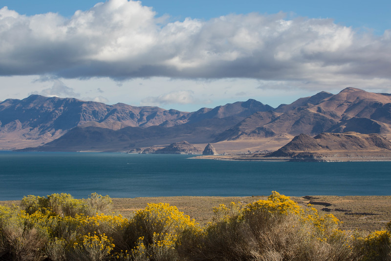Beautiful Colors of Pyramid Lake