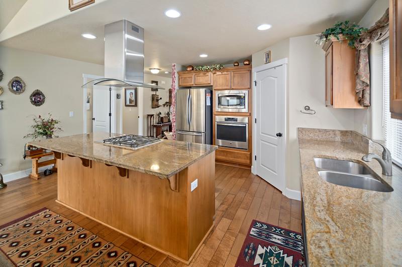 Real Estate photographer bend oregon-21278 Woodruff (10)