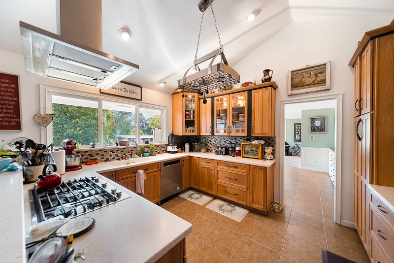 341 NW 12th St-20