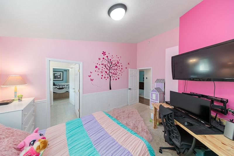 3562 SW Reindeer Ave Redmond OR 97756-20