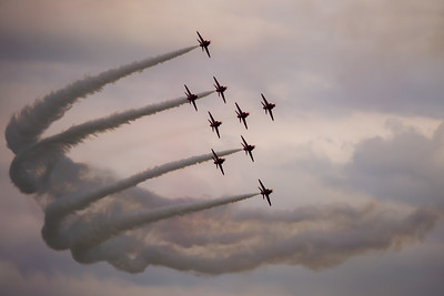 Red Arrows - Preparing for Flanker Formation