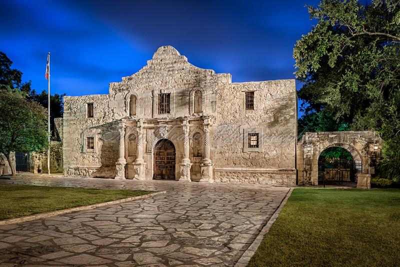 The Alamo at dawn ~  San Antonio, Texas