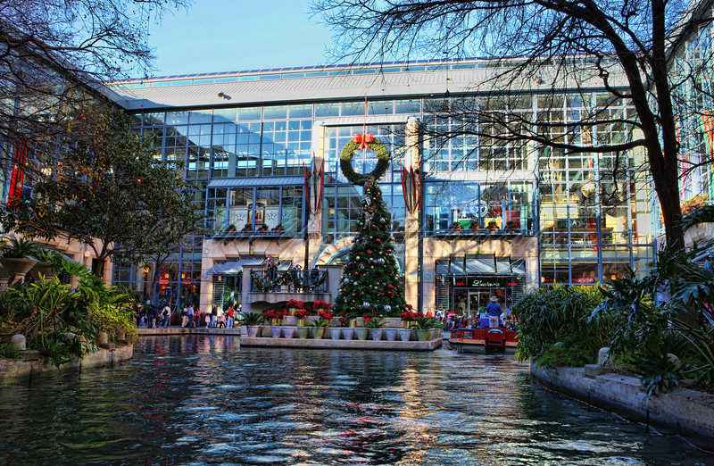 "This is part of San Antonio's famous ""River Walk."" A beautiful walk along the river through the city. It ends (or begins) here at the River Center Mall."