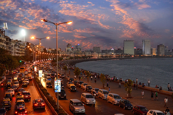 Mumbai's grand sunset at Marine-Drive
